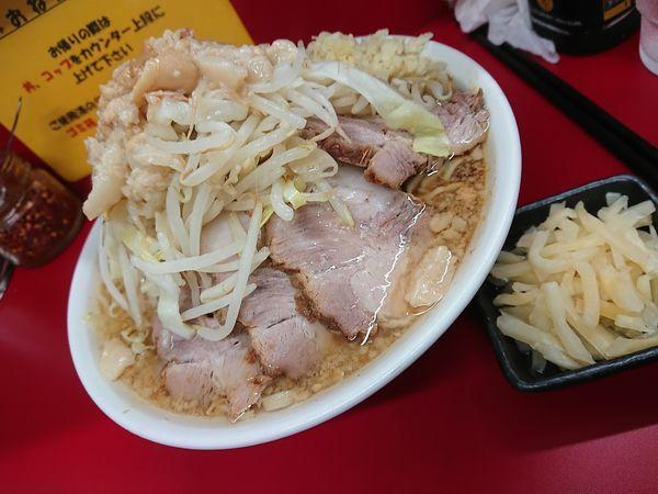 「小豚 千切生姜」@ラーメン二郎 神田神保町店の写真