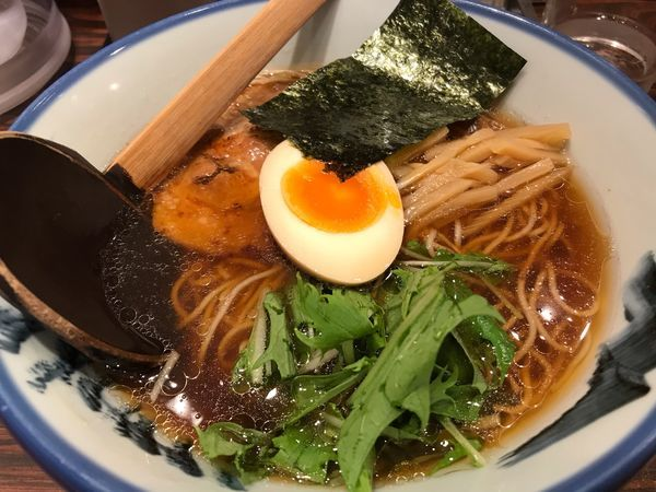 「醤油らーめん 980円」@AFURI 横浜ジョイナス店の写真