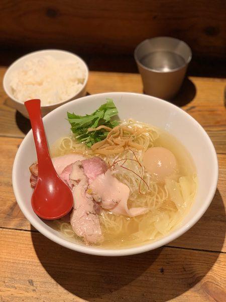 「香菜鶏だし特製塩ラーメン」@麺屋 翔 本店の写真