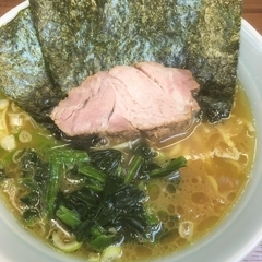 横浜ラーメン 武蔵家 国領店の写真