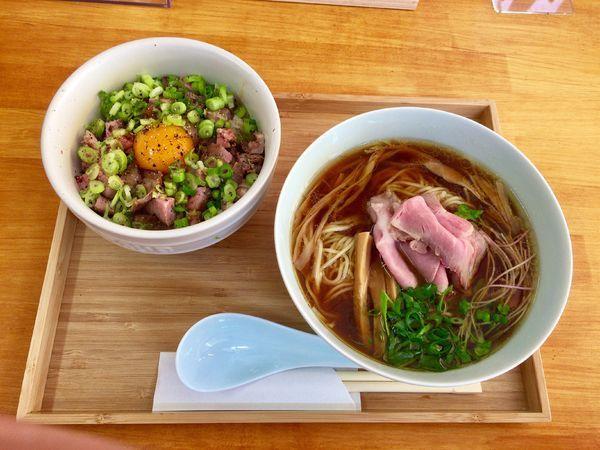 「醤油そば&肉飯ミニ」@自家製麺と定食 弦乃月の写真