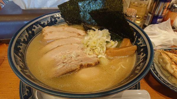 「特製豚骨塩らーめん」@龍神麺の写真