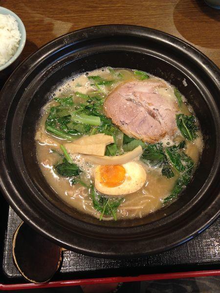 「豚骨醤油ラーメン 820円」@ラーメン猪太の写真