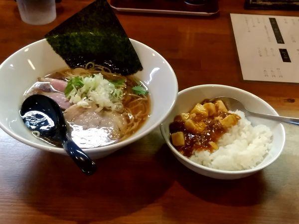 「鴨だし醤油ラーメン(並盛)780円+ミニ麻婆丼280円」@鳴馬良の写真