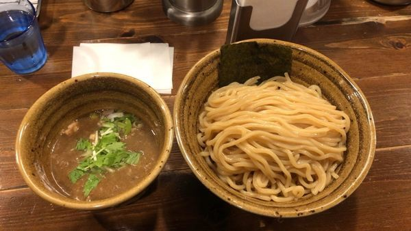 「煮干し締めつけ麺 大盛り無料800円」@ベジポタつけ麺 えん寺の写真