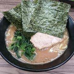 家系らーめん 武蔵家 川越店の写真
