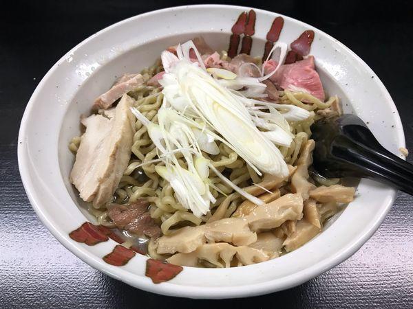 「らーめん 大盛  750円」@自家製麺 結びの写真