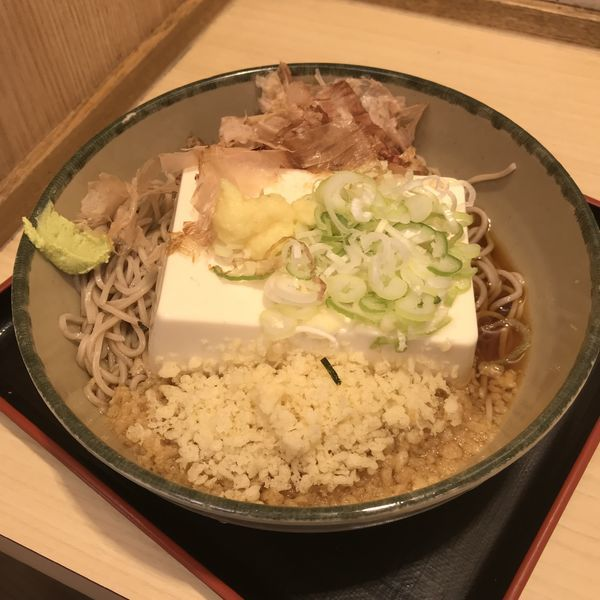 「【夏季限定】豆腐一丁そば(¥470)」@名代 箱根そば 田町芝浦店の写真