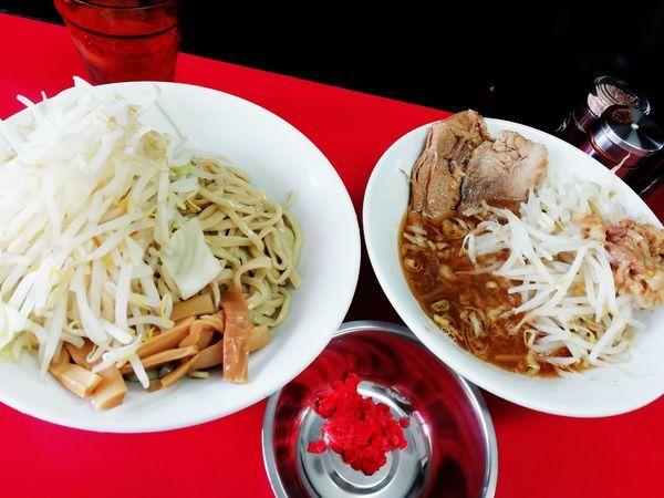 「限定「つけ麺」並(野菜・あぶらチョイ増し+紅生姜)」@ラーメンハイキックの写真