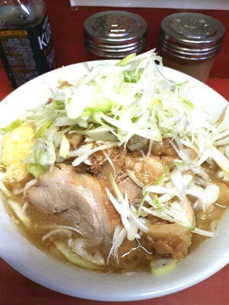 「小ラーメン麺半分(ニンニク、アブラ)700円+ネギ100円」@ラーメン二郎 桜台駅前店の写真