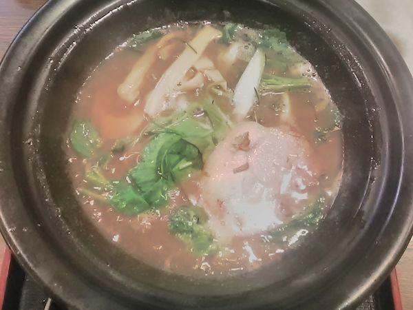 「豚骨塩ラーメン(870円)+特濃スープ(230円)」@ラーメン猪太の写真