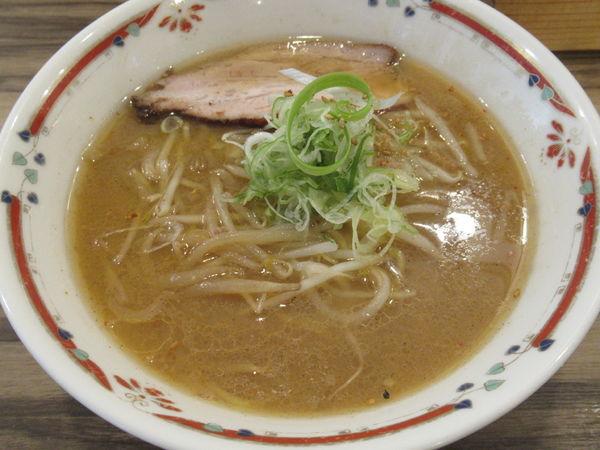 「味噌らーめん(800円)」@味噌らーめん専門店 狼スープの写真