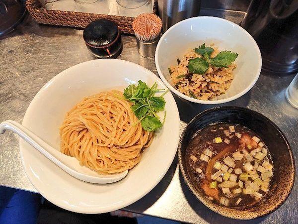 「鴨つけ蕎麦+鴨炊き込みご飯」@日の丸さんじの写真