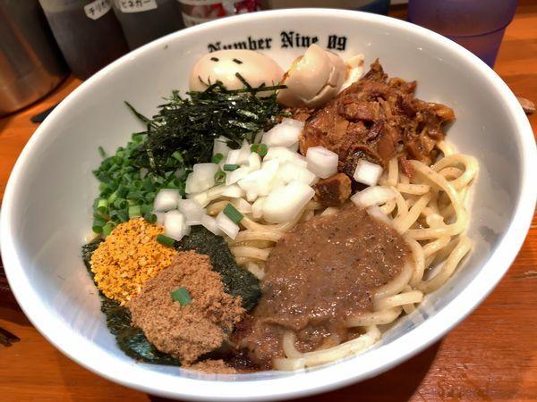 「油そば+刻み海苔+味玉」@麺Dining Number Nine 09の写真