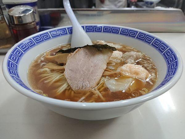 「ワンタン麺(ミックス)」@支那そば いしはらの写真