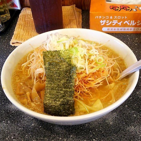 「ハッスル味噌ラーメン+ねぎ+ワンタン」@ハッスルラーメンホンマ 篠崎店の写真