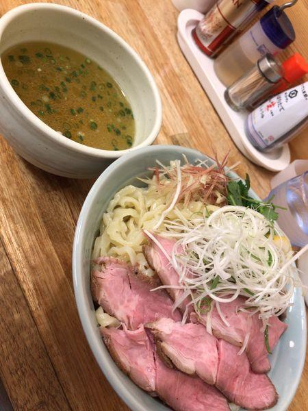 「冷やし煮干塩つけ麺   大盛り」@麺屋 つるるの写真