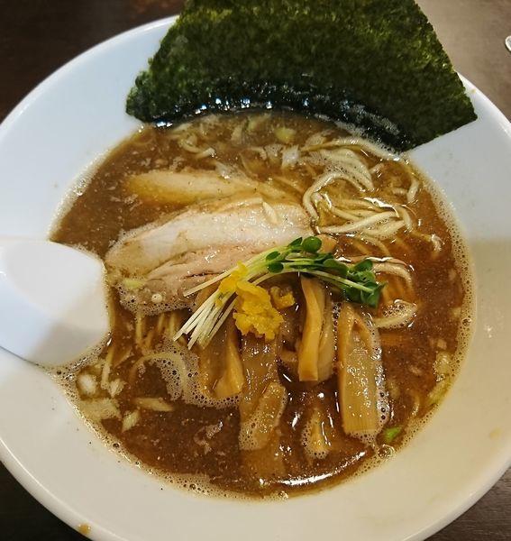 「煮干中華そば(900円)」@つけめん102 川口店の写真