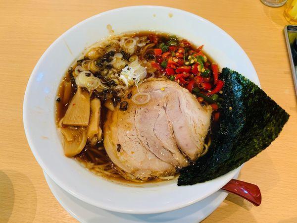 「醤油激辛唐辛子らぁ麺」@らぁ麺食堂 吉凛の写真