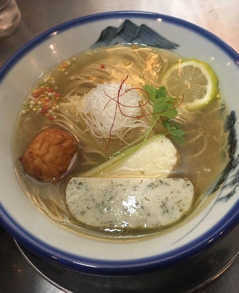 「真鯛のあら炊きらーめん(1280円)」@ZUND-BARの写真