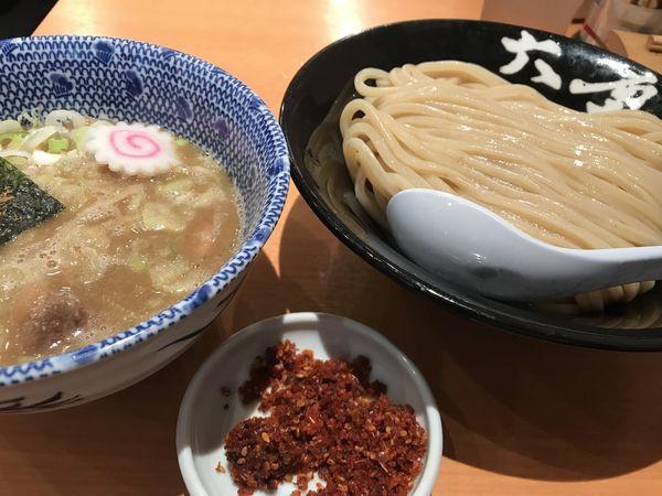 「辛つけ麺 930円」@六厘舎の写真