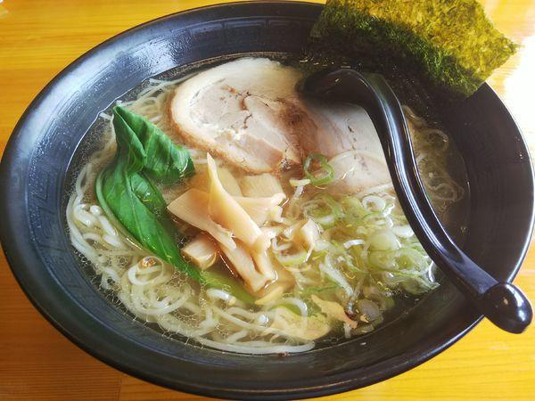 「塩らー麺 (麺大盛り)」@さくら食堂の写真