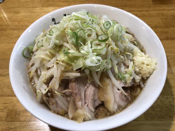 「小ラーメン豚入り 追加ニンニク」@めん屋 大仙の写真