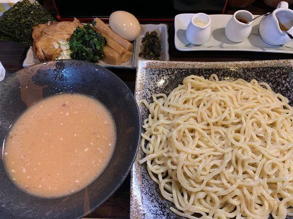 「豚骨和出汁つけ麺(並)+味玉+ちょいたし3種」@麺屋 優創の写真