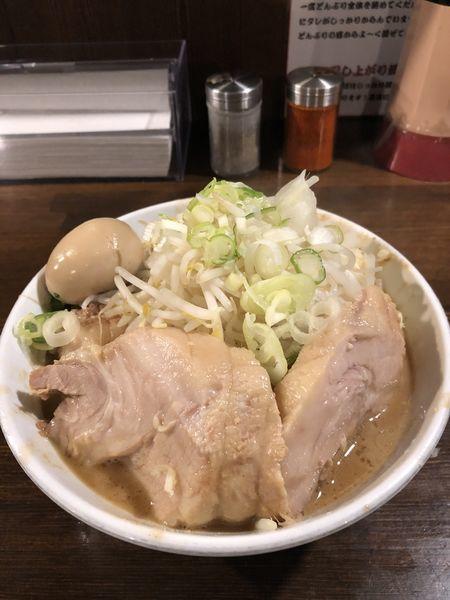 「味玉ラーメン豚追加」@ちばから 渋谷道玄坂店の写真