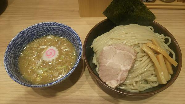 「つけ麺」@舎鈴 JRさいたま新都心ビル店の写真