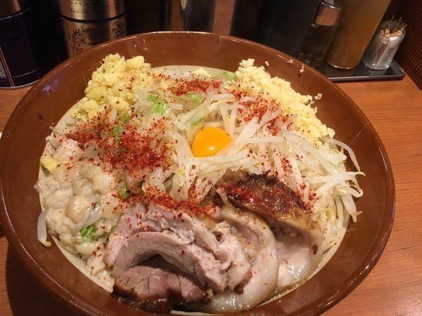 「大汁なし変更麺増し」@ラーメン豚山の写真