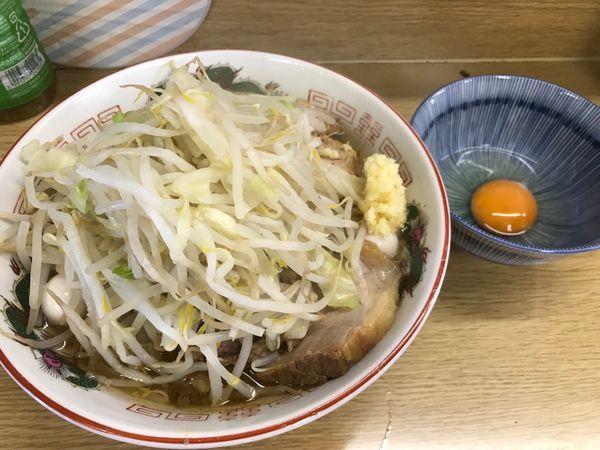 「ラーメン+生卵+うずら700+50+100円」@ラーメン二郎 栃木街道店の写真