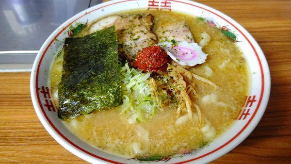 「辛味噌ラーメン小太縮れ麺」@中華そば 太平楽 六丁の目店の写真