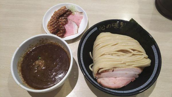 「濃厚煮干しつけ麺大盛り+チャーシュー」@心の味製麺の写真