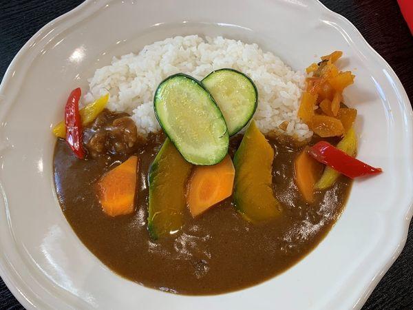 「野菜カレー(サラダ付)」@カフェレストラン それいゆさんさんの写真