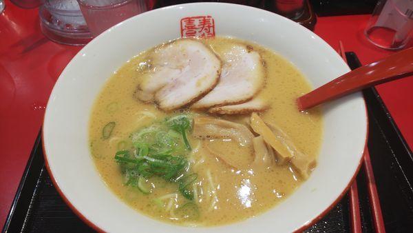 「肉入り味噌ラーメン 860円」@中華厨房 寿がきや 名古屋エスカ店の写真