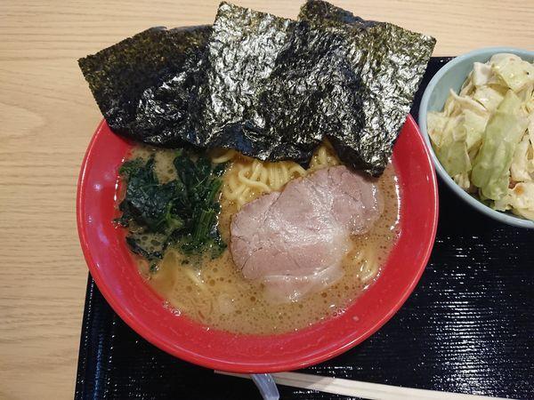 「濃厚豚骨醤油 750円、キャベチャー 150円」@吉祥寺 武蔵家の写真