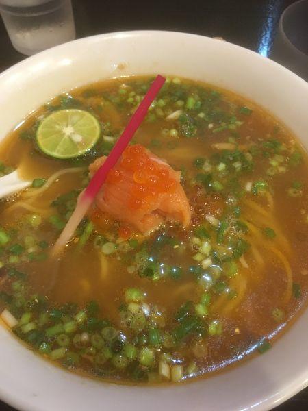 「限定麺」@ラーメン愉悦処 似星の写真