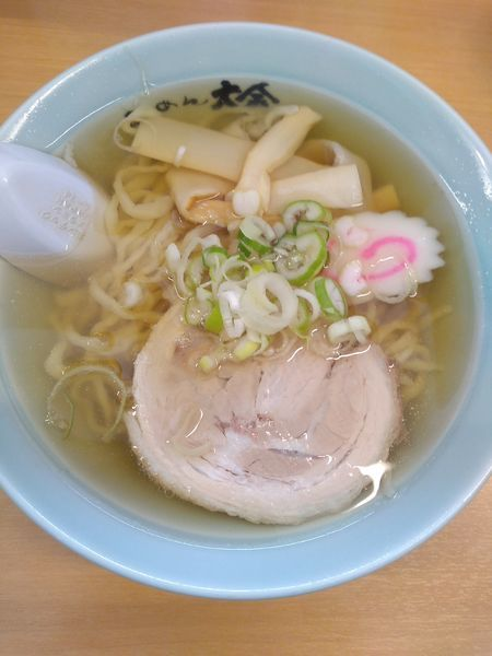 「ラーメン 580円 餃子5ケ410円」@らーめん 大金の写真