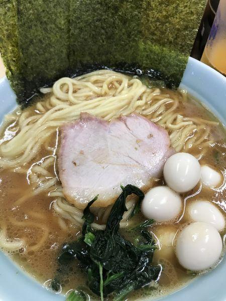 「醤油ラーメン 中盛 ウズラ」@壱六家 大船店の写真