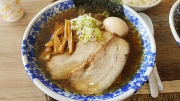 「特製煮干醤油ラーメン」@凌駕IDEA イオンモール松本店の写真