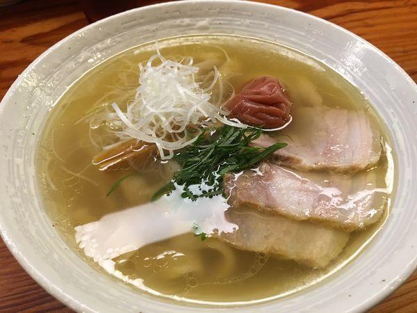 「塩らーめん(梅しそ)」@純手打ち 麺と未来の写真