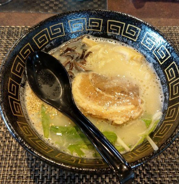 「鶏白湯らーめん ¥750」@鶏白湯らーめん せい家の写真