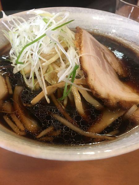 「極み醤油ラーメン」@突撃ラーメンの写真