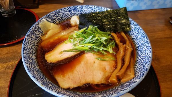 「信州醤油らぁ麺 800円 ☆☆」@長野らぁ麺 さくら木の写真