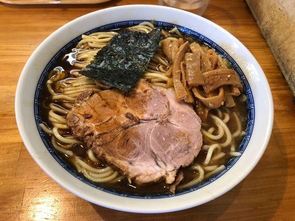 「ラーメン 中 850円」@自家製中華そば としおかの写真