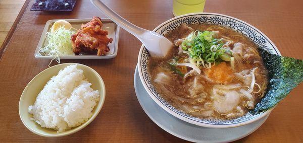 「肉そば【Cランチ 唐 おいしい揚げセット】」@丸源ラーメン 足利店の写真