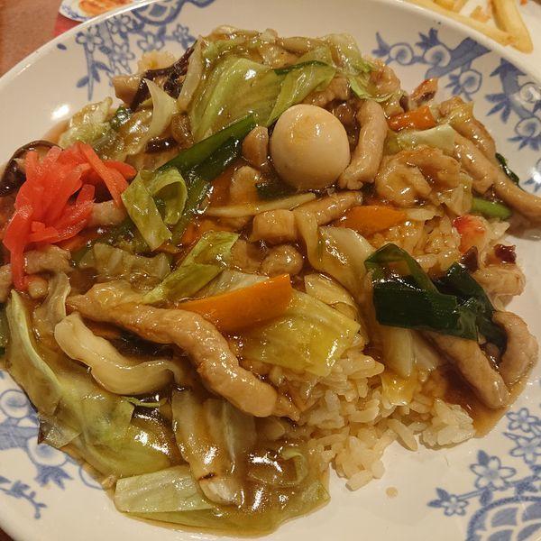 「厚切り豚肉と彩り野菜の旨味あんかけチャーハン863円他」@バーミヤン 栄上郷店の写真
