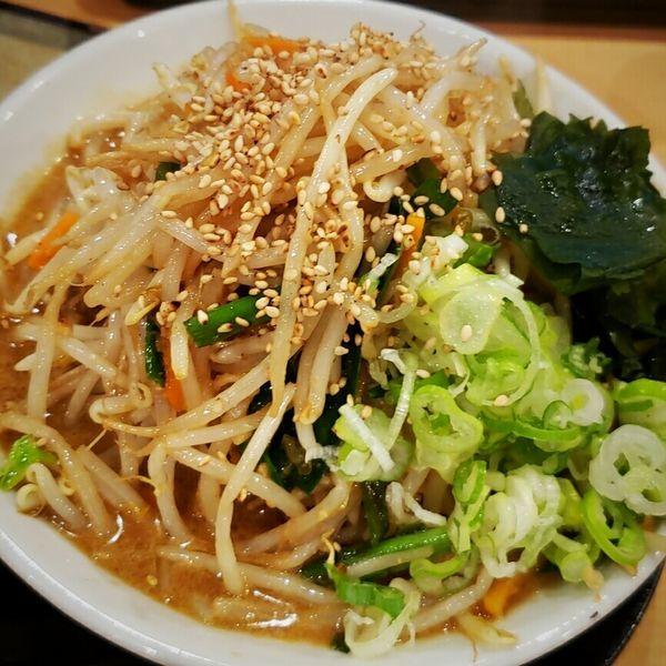 「野菜たっぷり味噌ラーメン 830円」@らーめん 源之丞の写真
