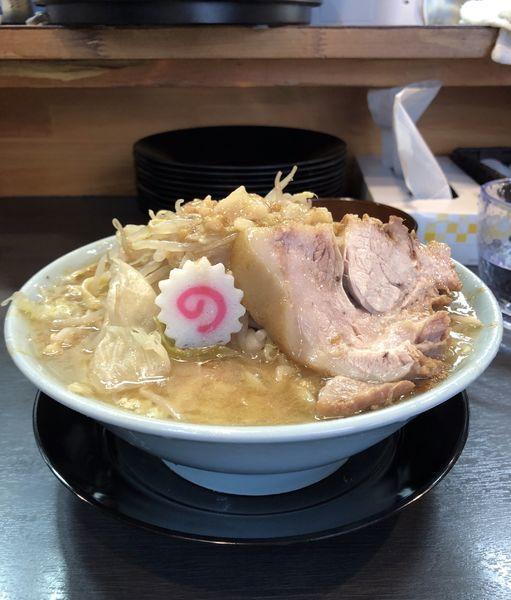 「ラーメン(麺半分、柔らか目)+生姜ダレ」@自家製麺 No11の写真
